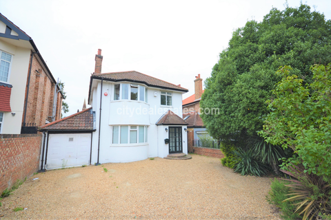 4 bedroom detached house to rent - Shaa Road, Acton
