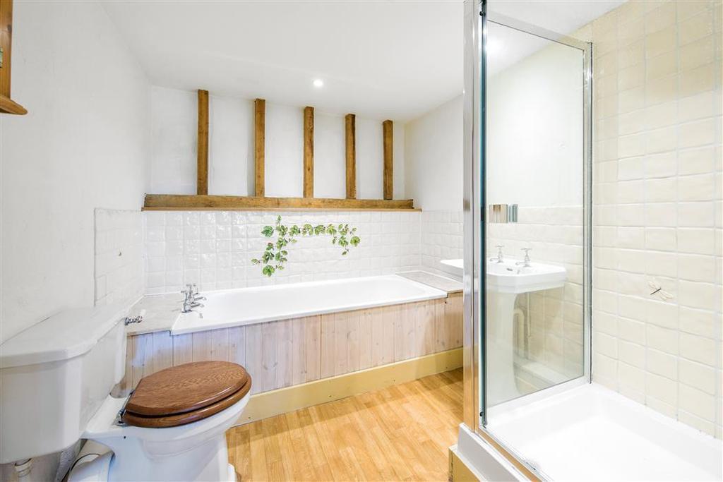 Hurst Road Headley Surrey Kt18 4 Bed House 163 3 200 Pcm