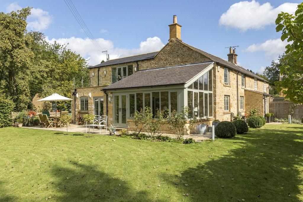 3 Bedrooms Semi Detached House for sale in Manor Cottages, Paxford, Chipping Campden, Gloucestershire, GL55
