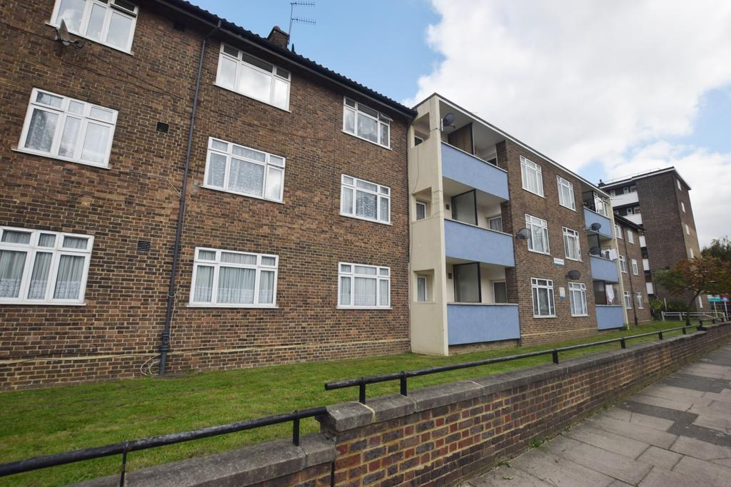 1 Bedroom Flat for sale in Lowth Road Camberwell SE5