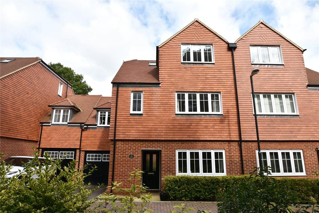 5 Bedrooms House for sale in Scott Close, Kings Park, St. Albans, Hertfordshire