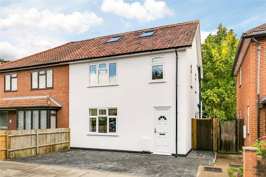 4 Bedrooms Semi Detached House for sale in Boileau Road, Barnes, London
