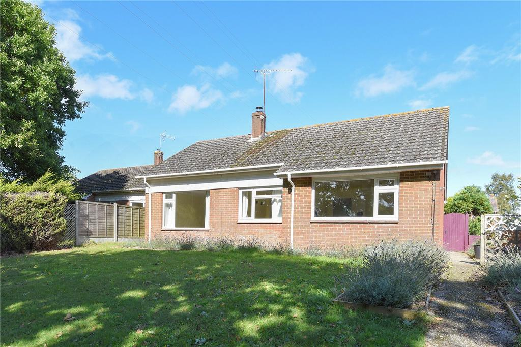 3 Bedrooms Detached Bungalow for sale in Northmoor, Wareham