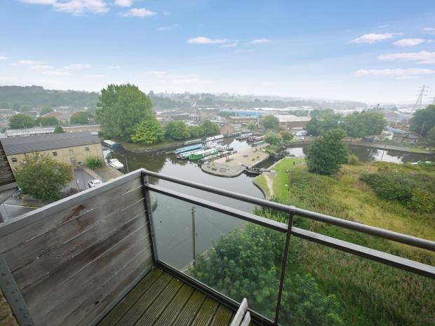 2 Bedrooms Apartment Flat for sale in Mill Royd Mill Huddersfield Road Brighouse