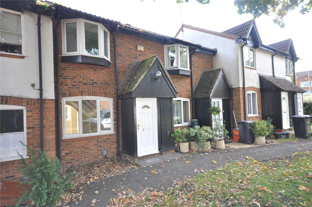 2 Bedrooms Terraced House for sale in Maxey Close, Shaw, Swindon, Wiltshire, SN5