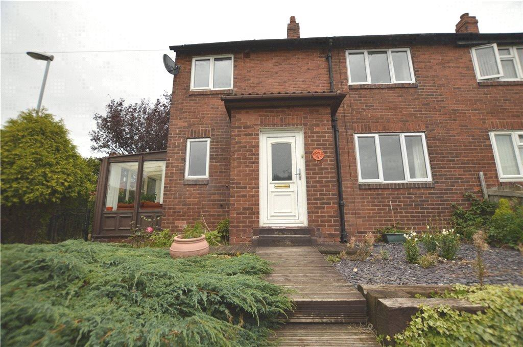3 Bedrooms Semi Detached House for sale in Manor Crescent, Rothwell, Leeds, West Yorkshire