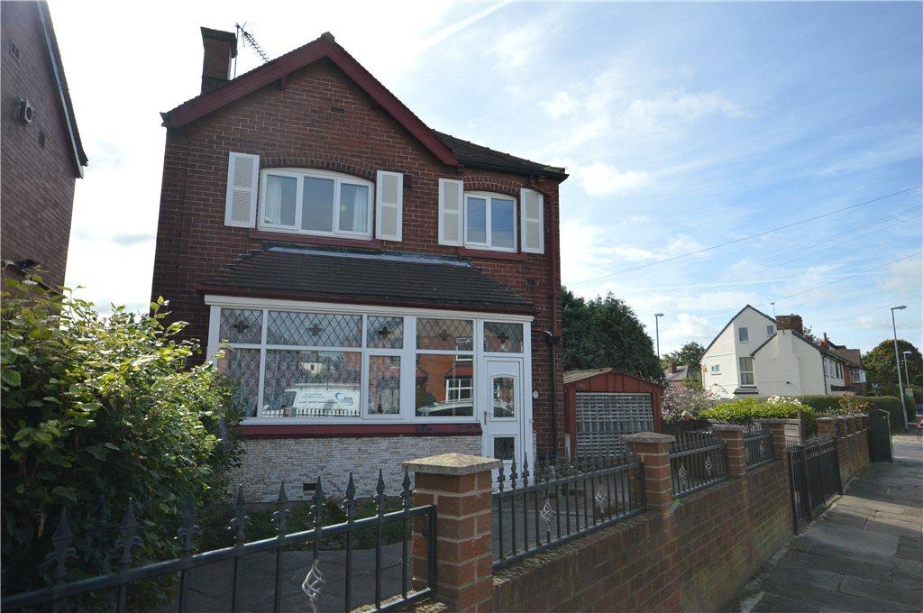 3 Bedrooms Detached House for sale in Jessamine Avenue, Leeds, West Yorkshire