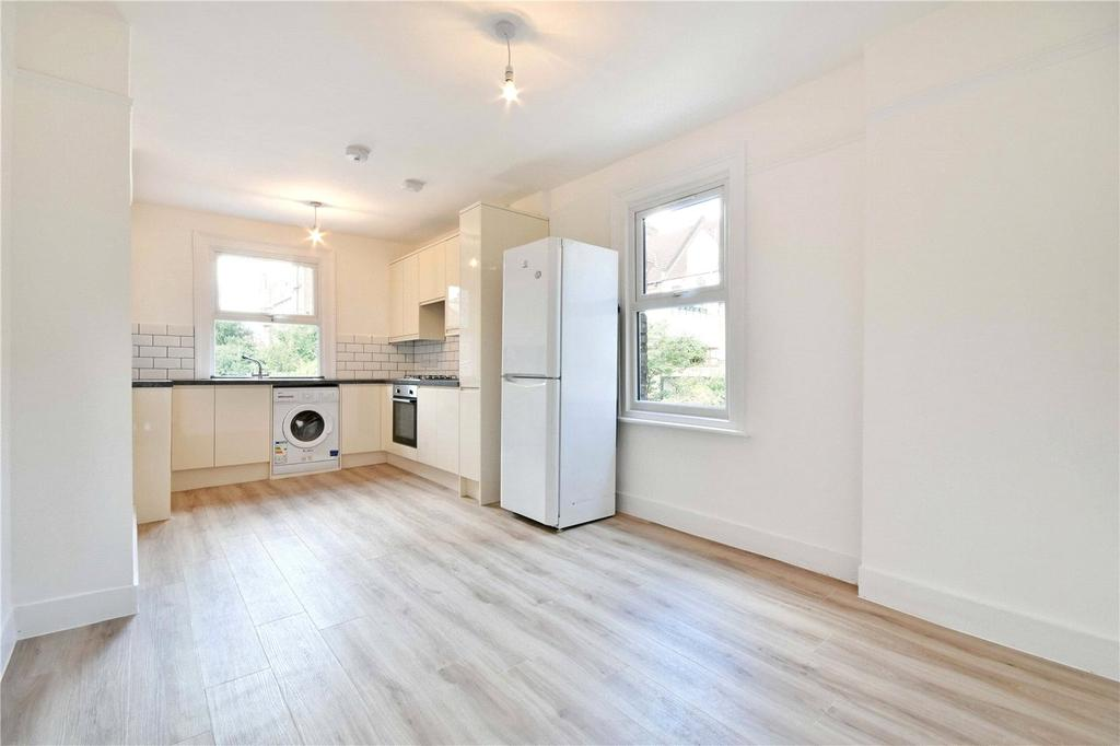 3 Bedrooms Apartment Flat for sale in Willesden Lane, London, NW6
