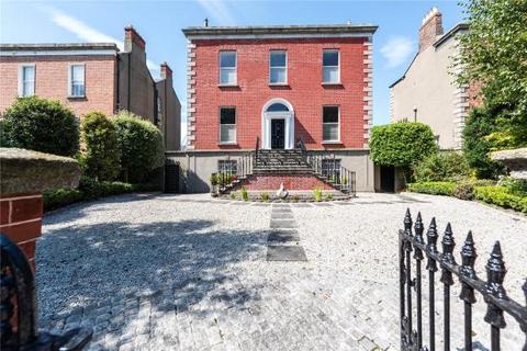 3 bedroom detached house  - Kenilworth Square, Rathgar, Dublin 6