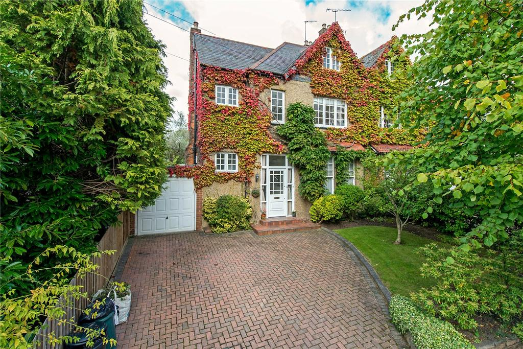 5 Bedrooms Semi Detached House for sale in Highfield Road, Northwood, HA6