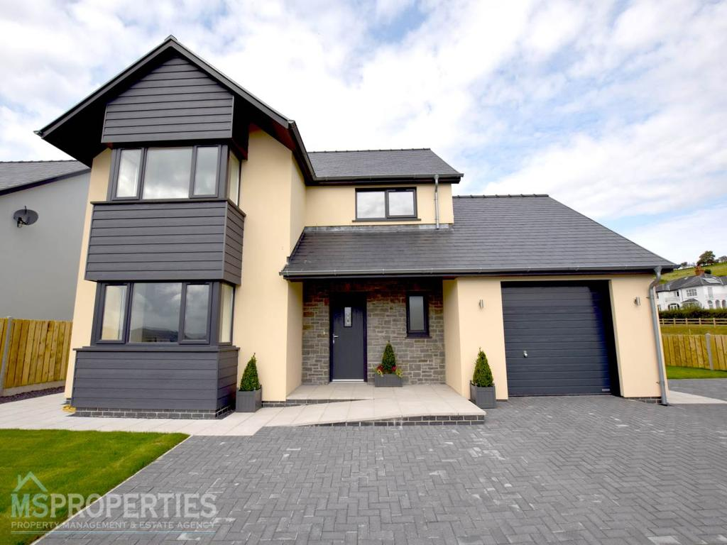 4 Bedrooms Detached House for sale in Cefn Ceiro, Llandre, Aberystwyth