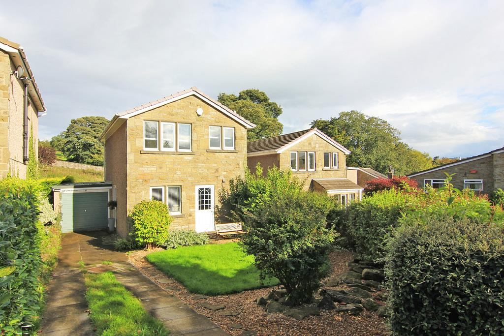 3 Bedrooms Detached House for sale in 4 The Crofts, Farnhill,