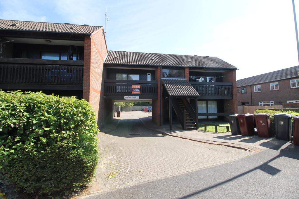 1 Bedroom Apartment Flat for sale in Osborne Crescent, Chichester