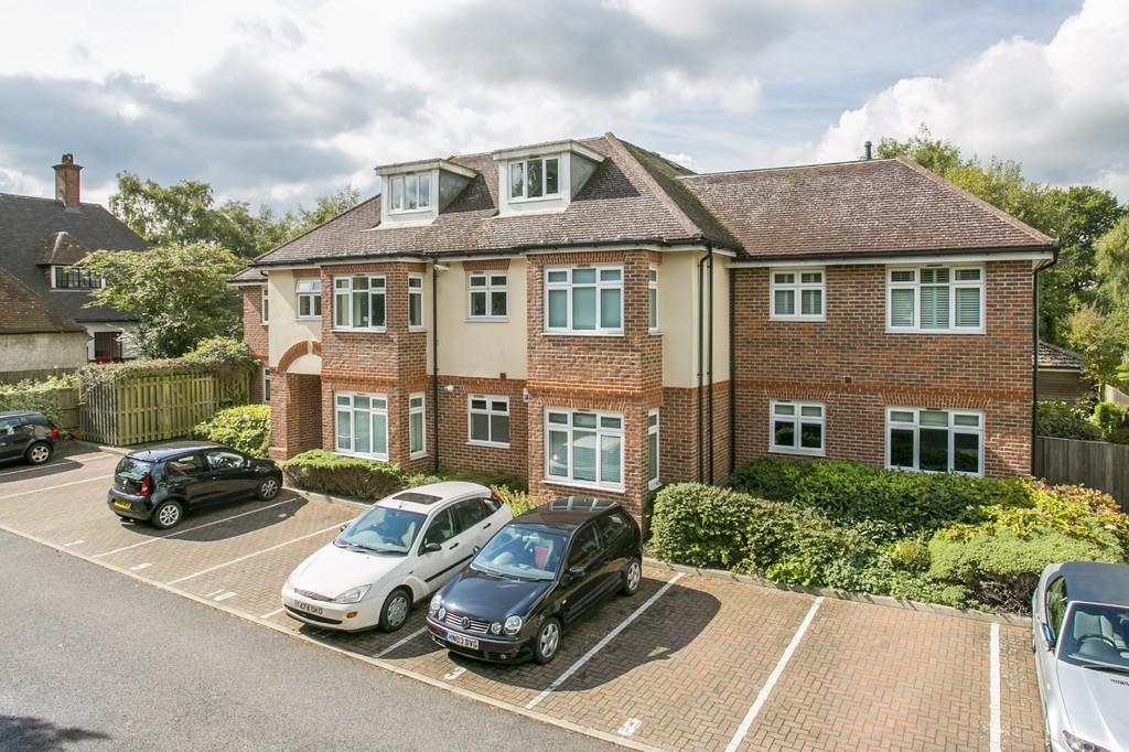 2 Bedrooms Apartment Flat for sale in St.Johns Road, Tunbridge Wells