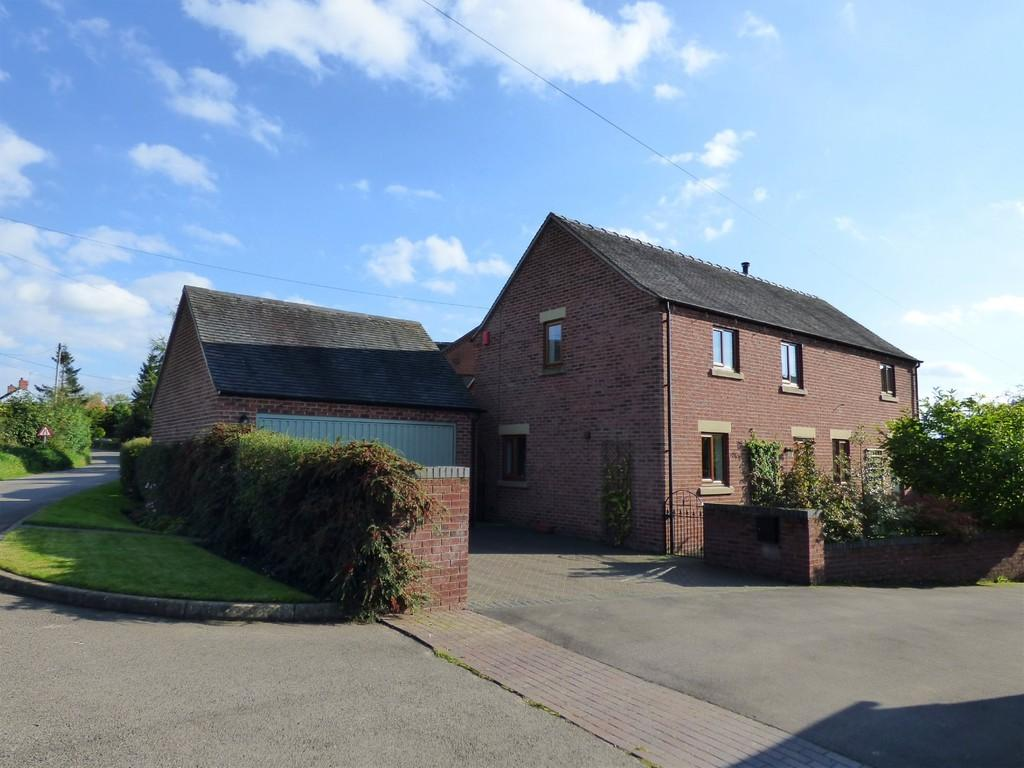 4 Bedrooms Detached House for sale in Riggs Lane, Marston Montgomery