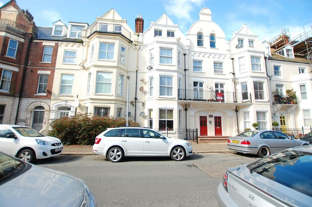 1 Bedroom Apartment Flat for sale in Alexandra Court, Cabbell Road, Cromer