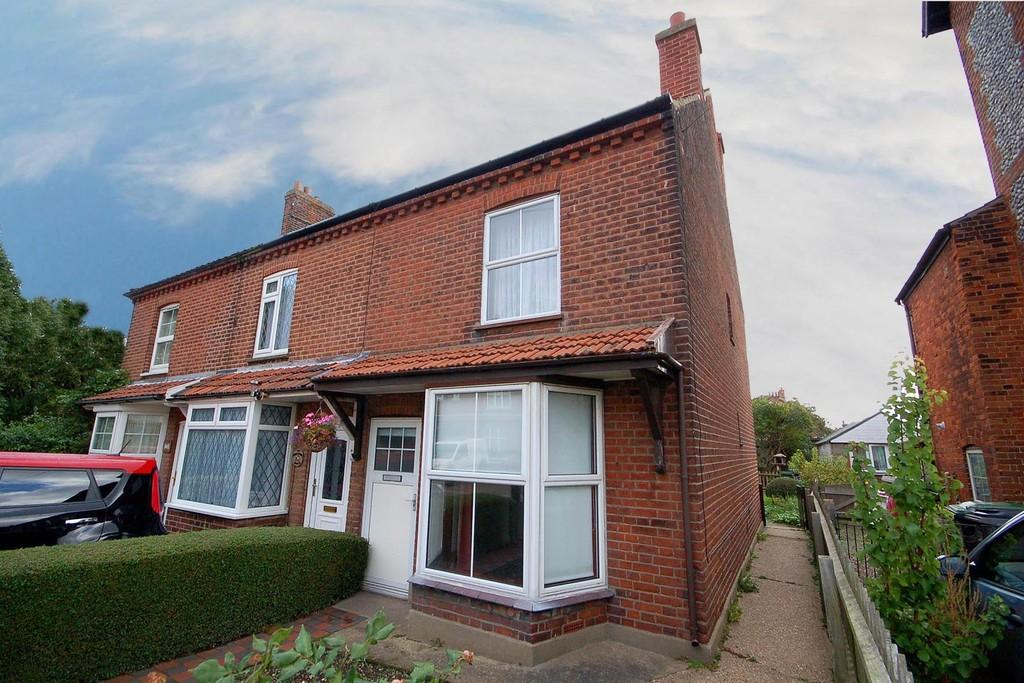 3 Bedrooms Terraced House for sale in Beeston Road, Sheringham