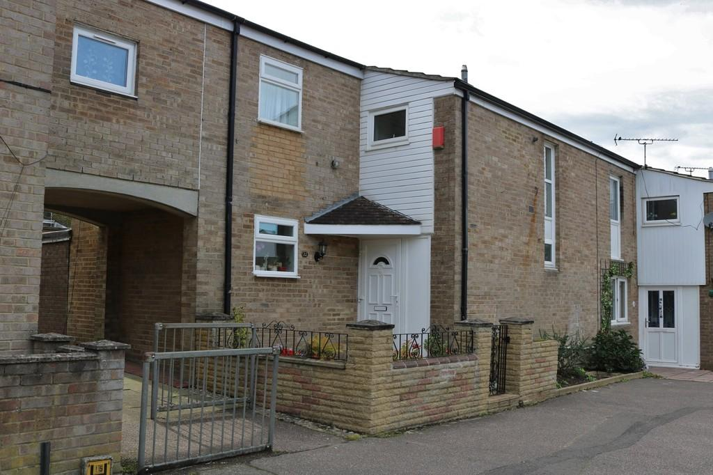 3 Bedrooms Terraced House for sale in Broadfield, Crawley, RH11