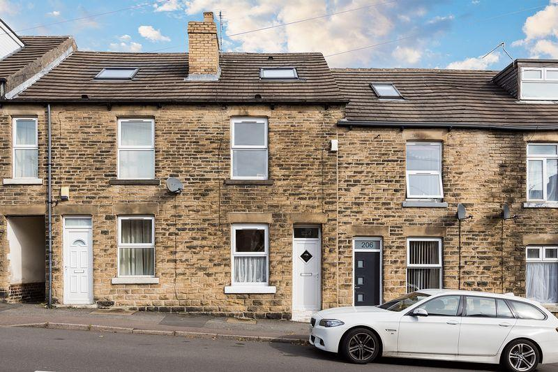 3 Bedrooms Terraced House for sale in Lydgate Lane, Crosspool, Sheffield