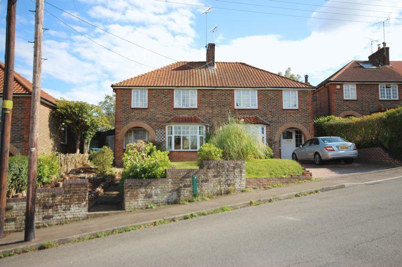 3 Bedrooms Semi Detached House for sale in Western Road, Haywards Heath