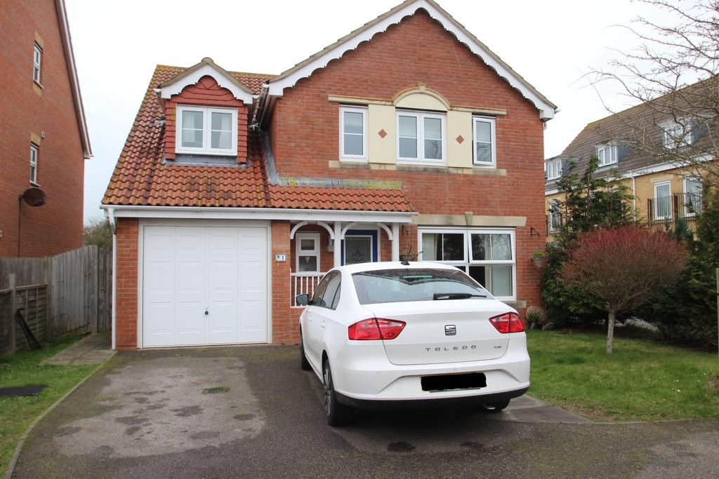 5 Bedrooms Detached House for sale in Osborne Heights, East Cowes