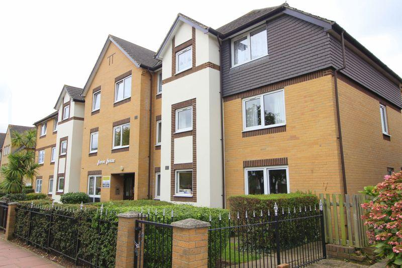 2 Bedrooms Retirement Property for sale in Lansdown Road, Sidcup