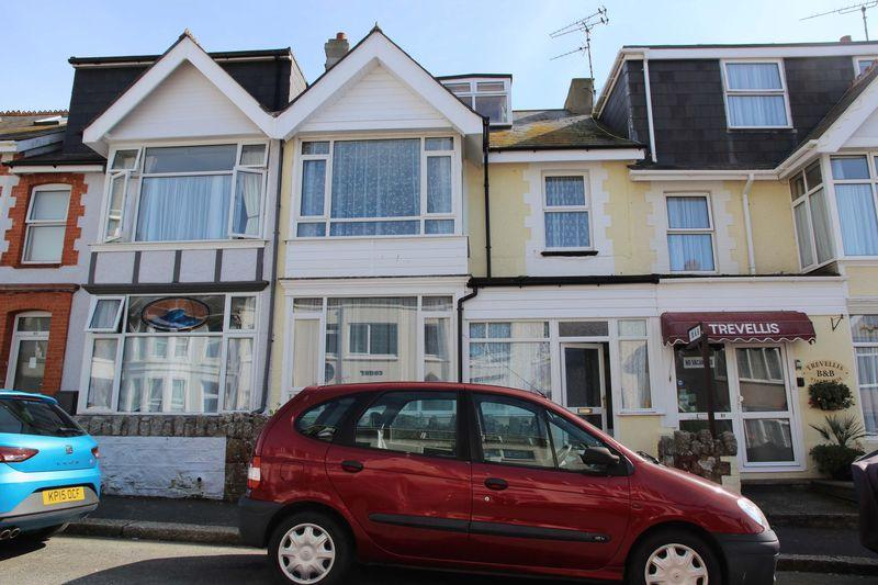 4 Bedrooms Terraced House for sale in Trebarwith Crescent, Newquay