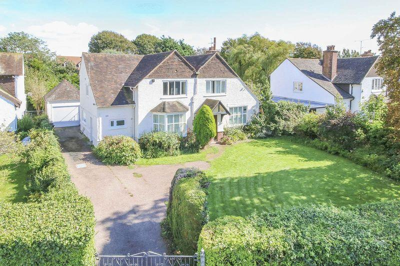5 Bedrooms Detached House for sale in Littlehampton