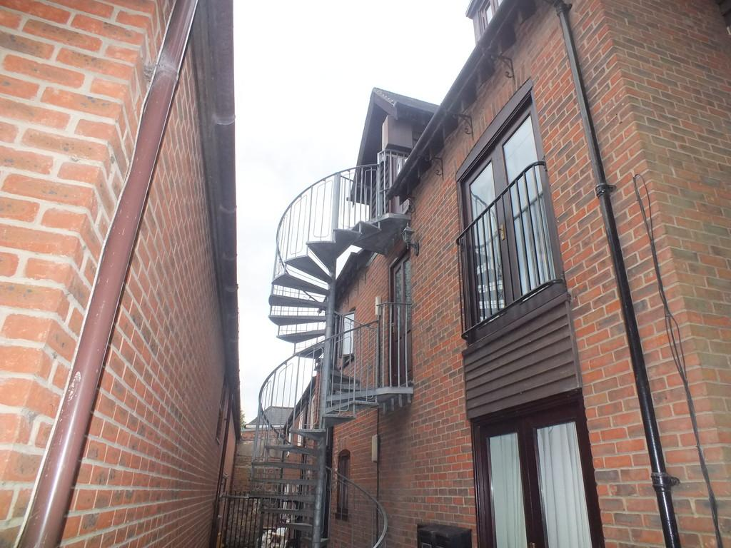 1 Bedroom Apartment Flat for sale in Double Street, Spalding