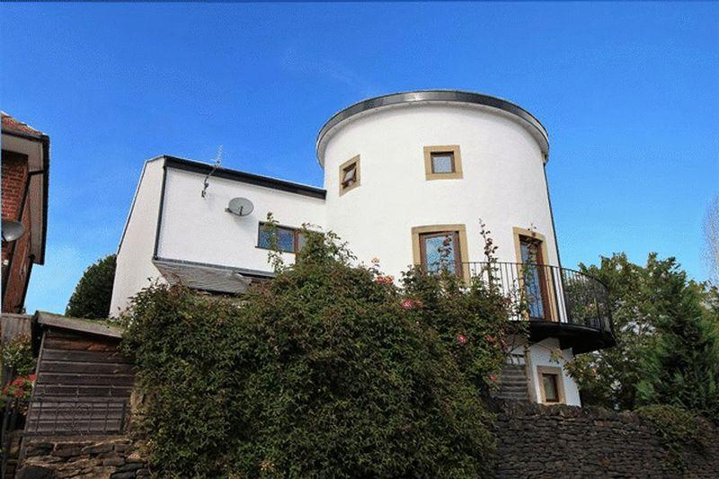 4 Bedrooms Detached House for sale in Green Park Road, Skircoat Green, Halifax