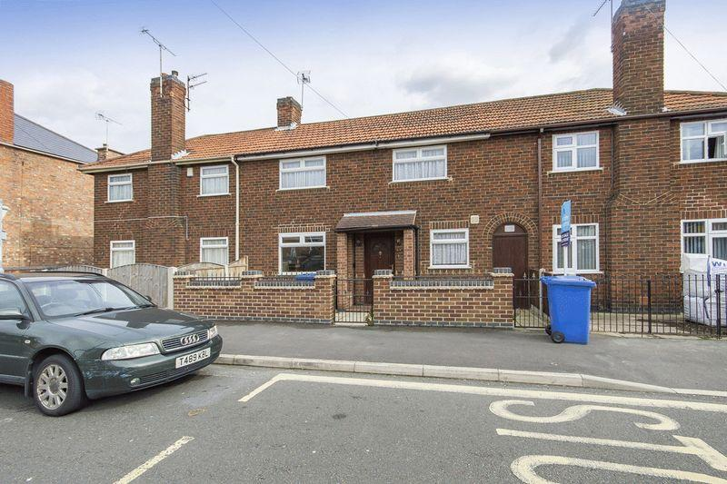 2 Bedrooms Terraced House for sale in WARREN STREET, ALVASTON