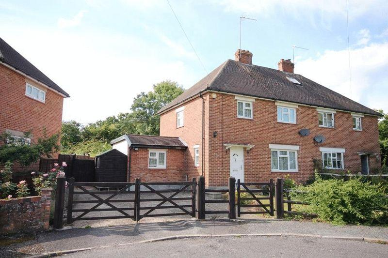 3 Bedrooms Semi Detached House for sale in CAPEL, Nr DORKING