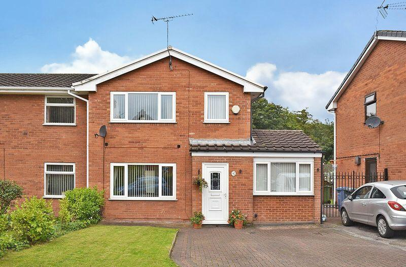 3 Bedrooms Semi Detached House for sale in Wenlock Road, Runcorn