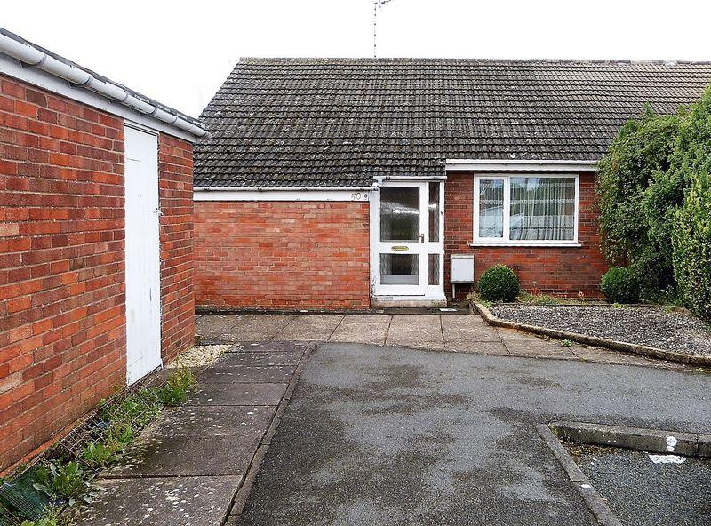 2 Bedrooms Semi Detached Bungalow for sale in St Ives Road, Little Hill, Wigston, Leicestershire