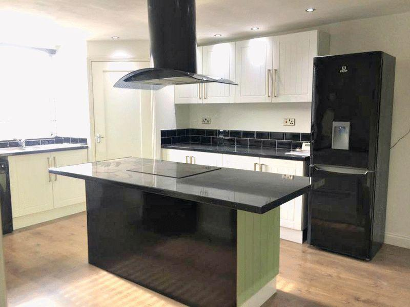 2 Bedrooms Apartment Flat for sale in Littlefield Lane, Grimsby
