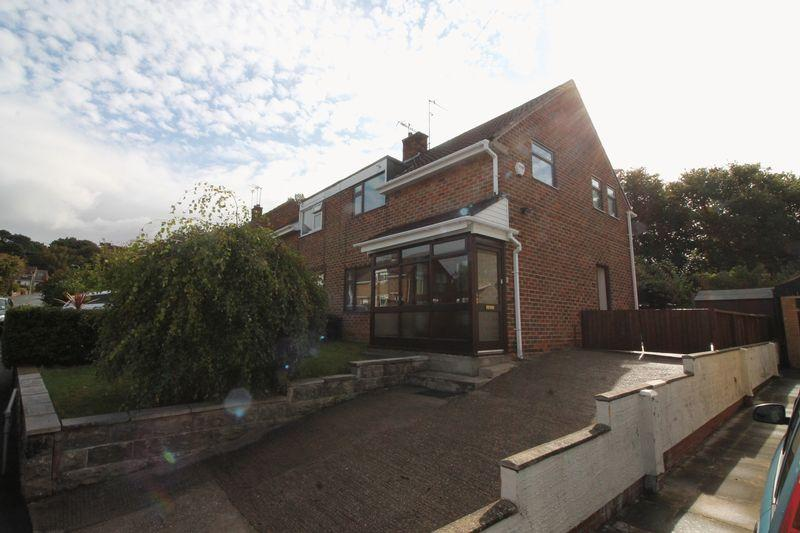 3 Bedrooms Semi Detached House for sale in Bassenthwaite Avenue, Prenton