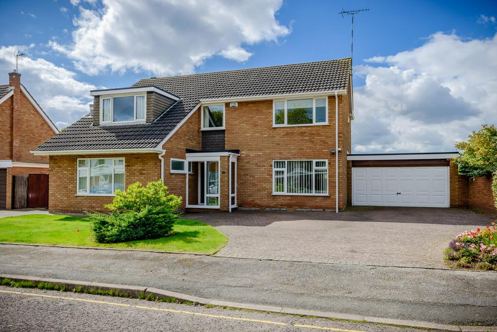 4 Bedrooms Detached House for sale in Old Mill Avenue, Coventry