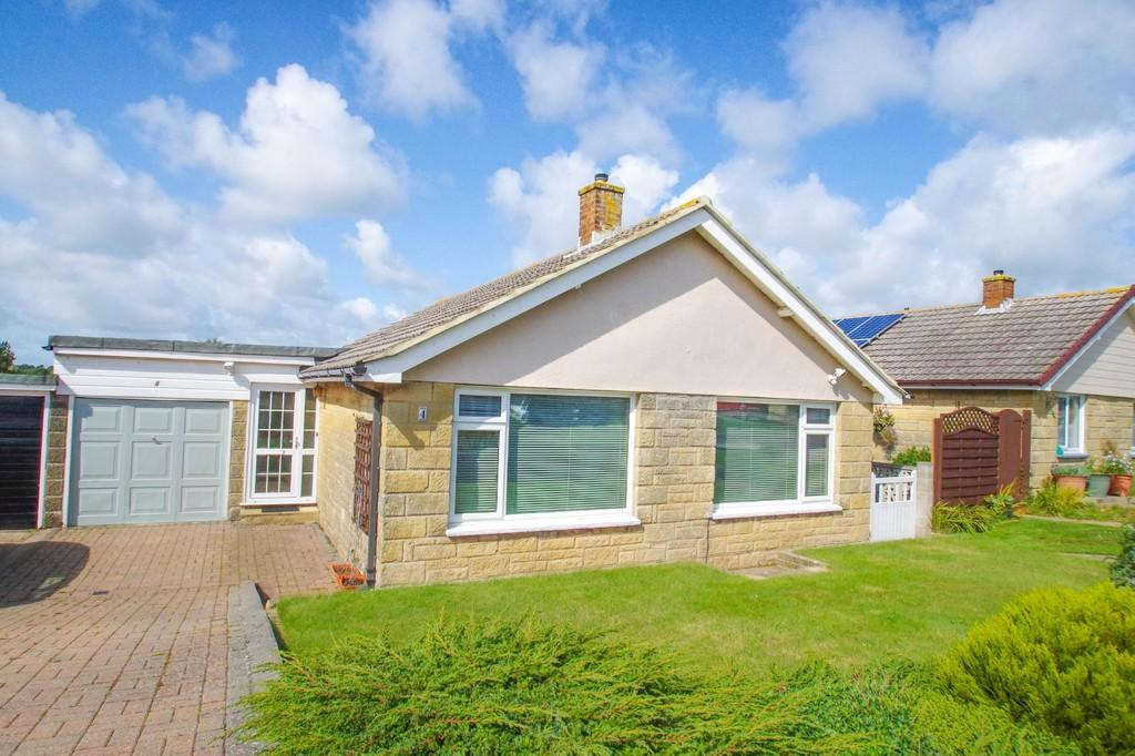 3 Bedrooms Detached Bungalow for sale in Whitecross Avenue, Shanklin