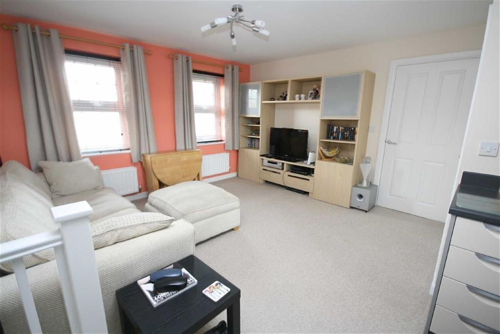 2 Bedrooms Apartment Flat for sale in Westview Close, Peacehaven