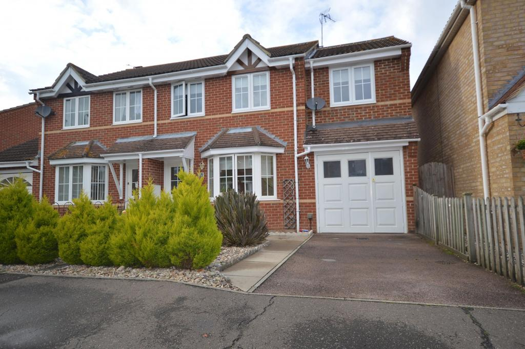 4 Bedrooms Semi Detached House for sale in Mariners Way, Maldon, Essex, CM9