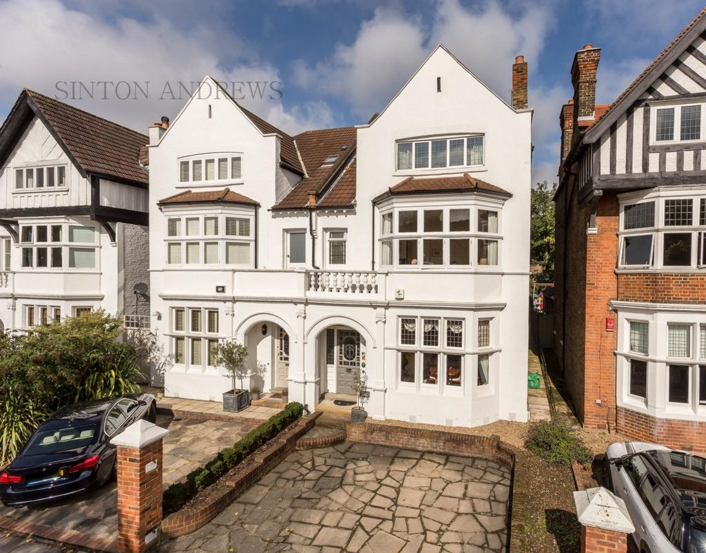 5 Bedrooms House for sale in Amherst Road, Ealing, W13