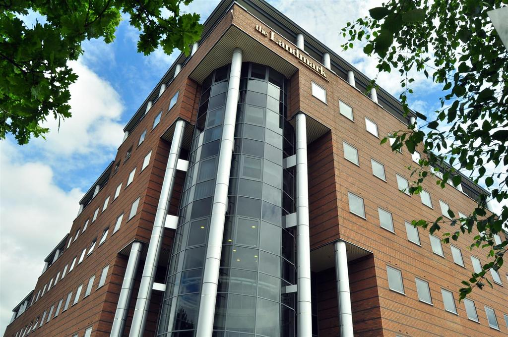 2 Bedrooms Apartment Flat for sale in Waterfront West, Brierley Hill