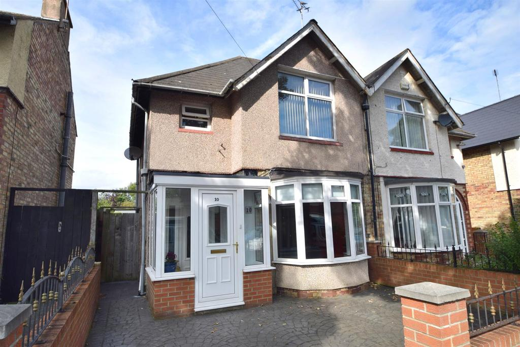 3 Bedrooms Semi Detached House for sale in Hotspur Avenue, Whitley Bay