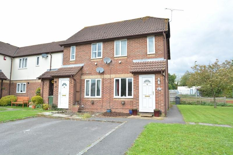 1 Bedroom End Of Terrace House for sale in Swallowfields, Andover