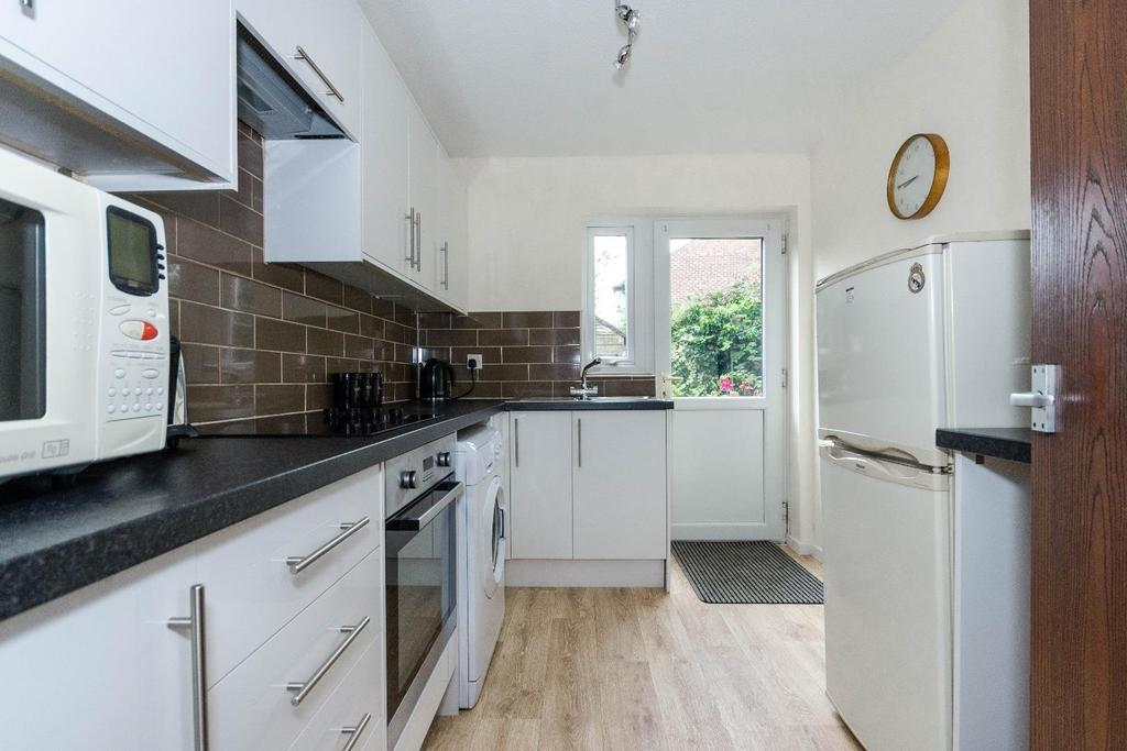 1 Bedroom Flat for sale in St Monicas Court, Easingwold
