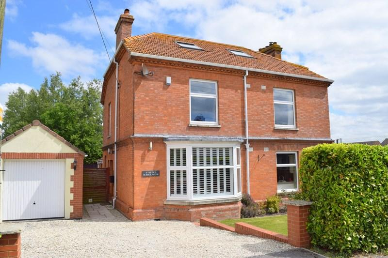 4 Bedrooms Detached House for sale in The Old School House, New Road, East Huntspill, TA9 3PT