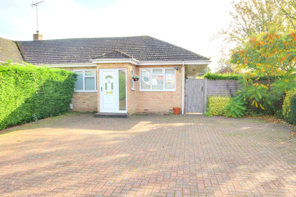 3 Bedrooms Semi Detached Bungalow for sale in WATERLOOVILLE