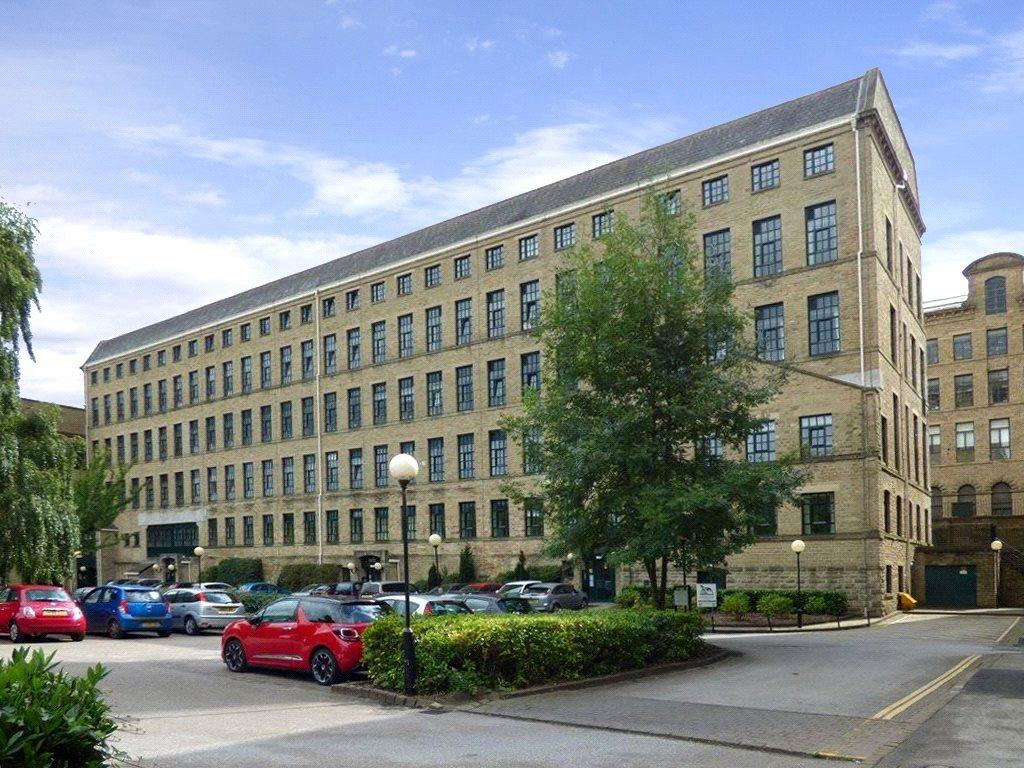 2 Bedrooms Apartment Flat for sale in Riverside Court, Victoria Road, Saltaire, Shipley