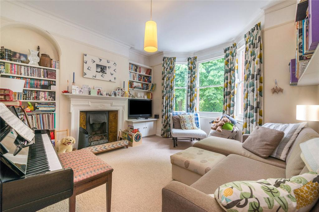 4 Bedrooms Terraced House for sale in Barnsbury Square, Barnsbury, London
