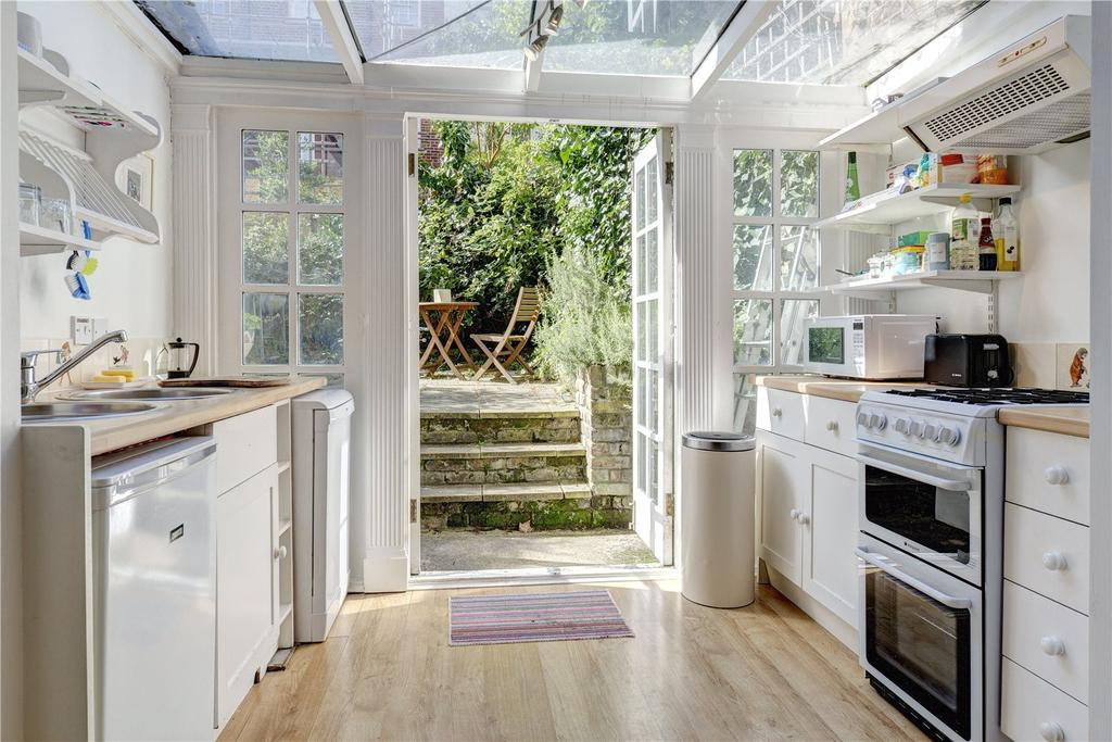 1 Bedroom Flat for sale in Chepstow Road, London
